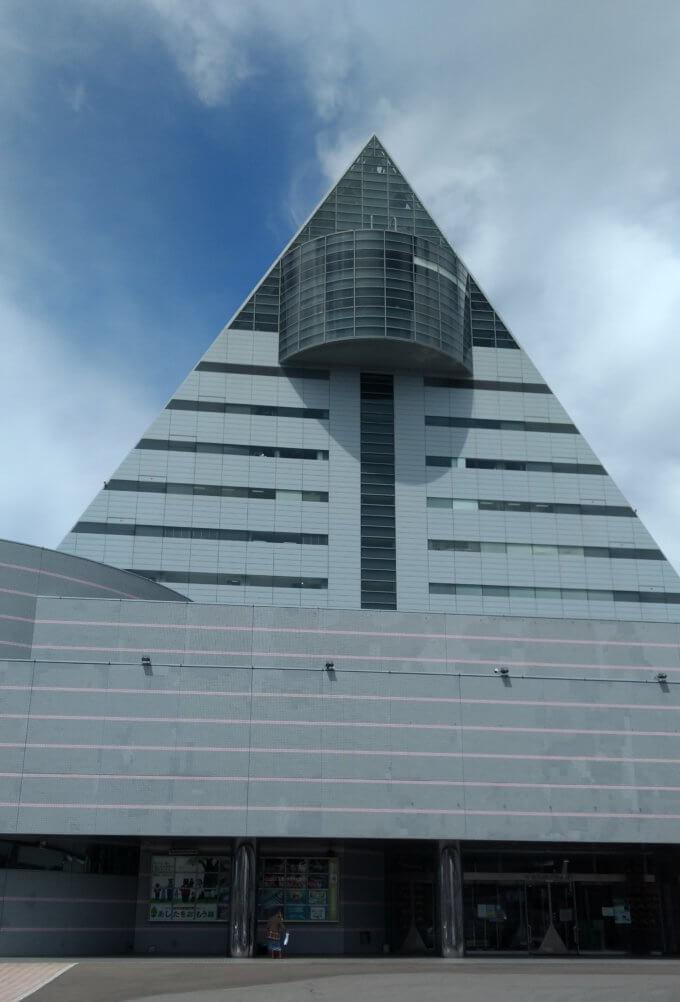 青森 観光物産館 アスパム