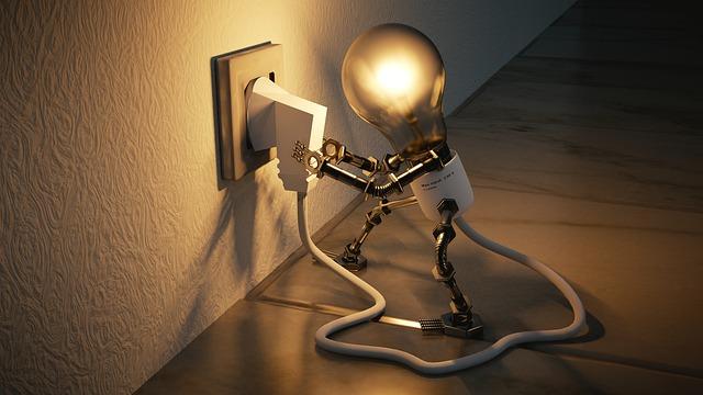 自らコンセントを指す電球