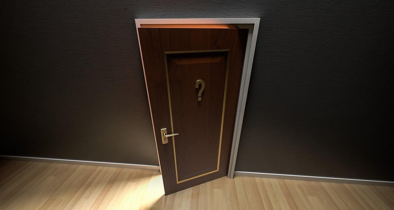 脱出するための扉